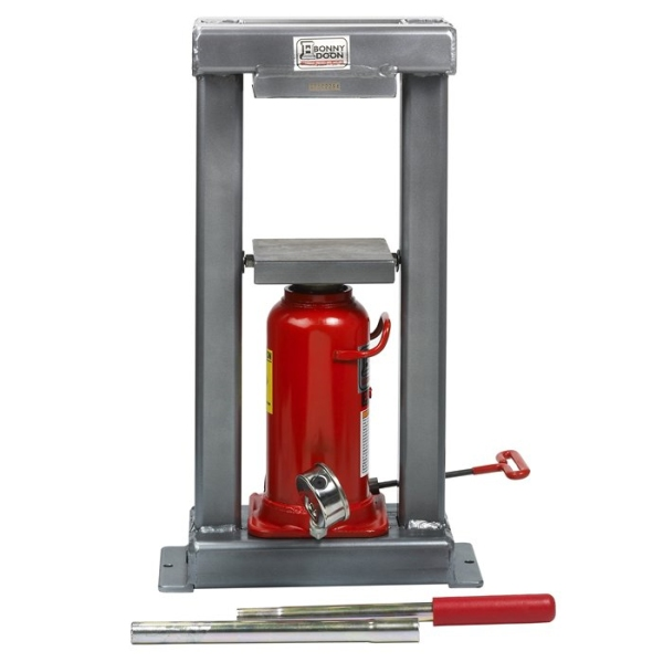 hydraulic press for forming metal